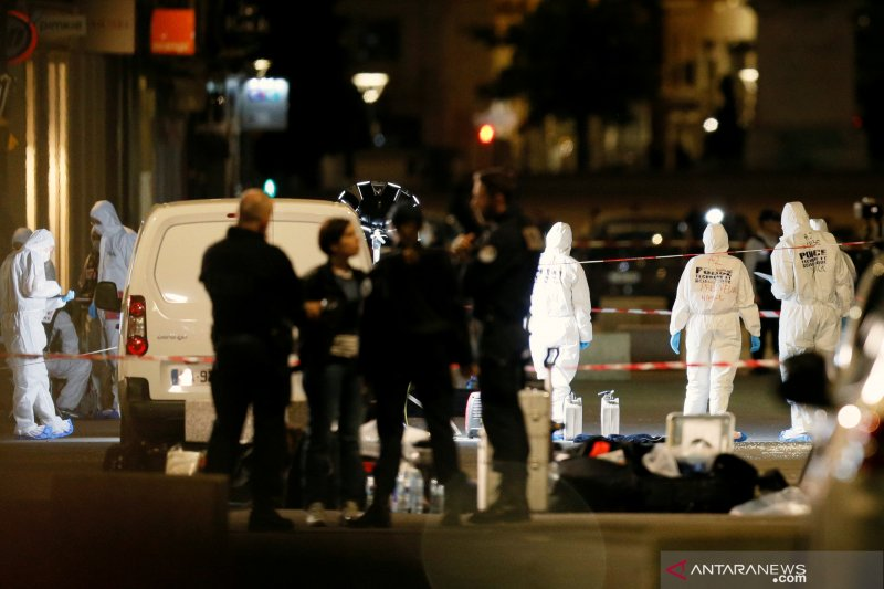 Serangan bom di Lyon, Prancis