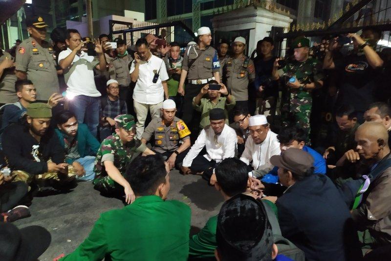 Massa aksi di DPRD Sumut bubar, akan berlanjut di Mapolda Sumut