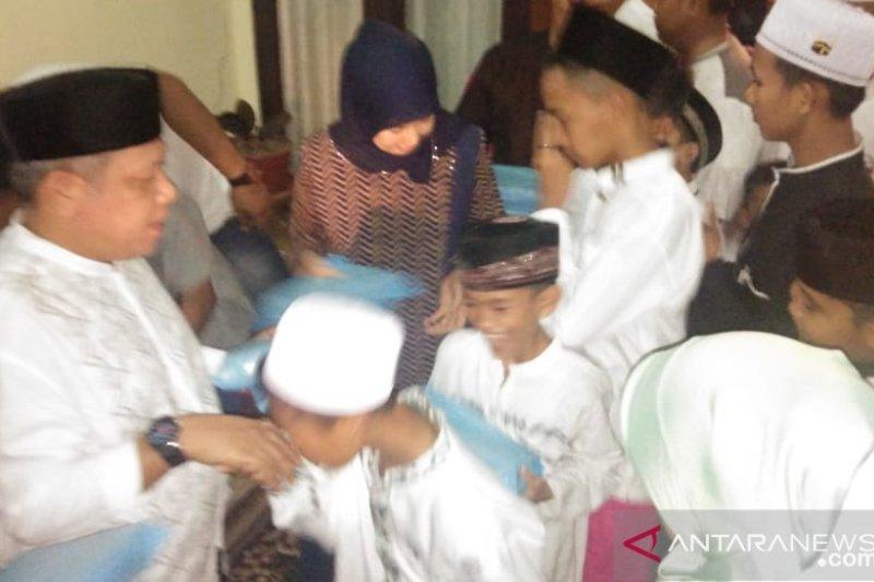 Bupati Kubu Raya buka puasa bersama anak-anak yatim