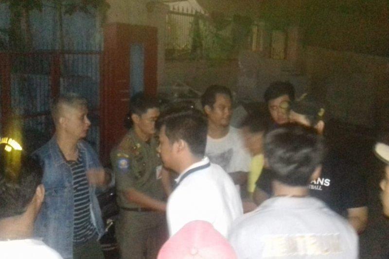 Lurah Pejagalan gelar patroli bersama warga untuk cegah tawuran