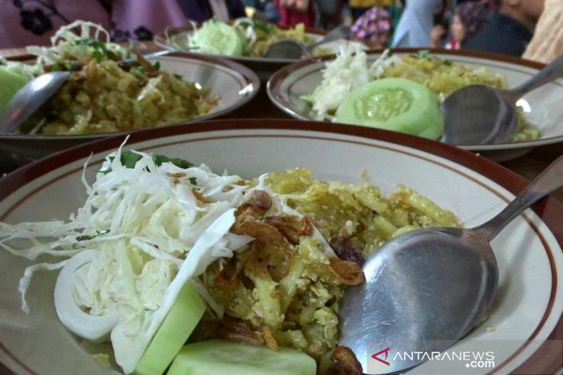 Produksi makanan tradisional mides Bantul jelang Lebaran meningkat pesat