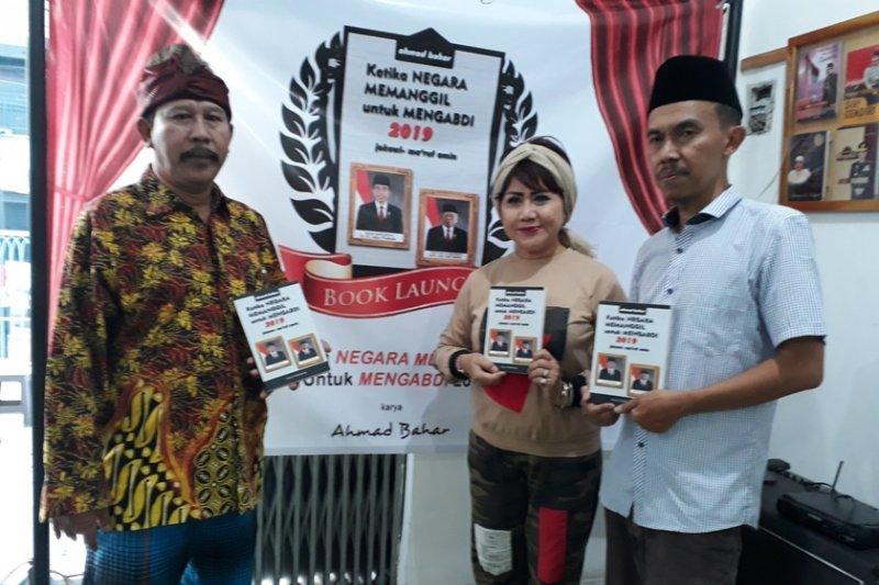 Buku Jokowi-Maruf dapat sambutan hangat masyarakat