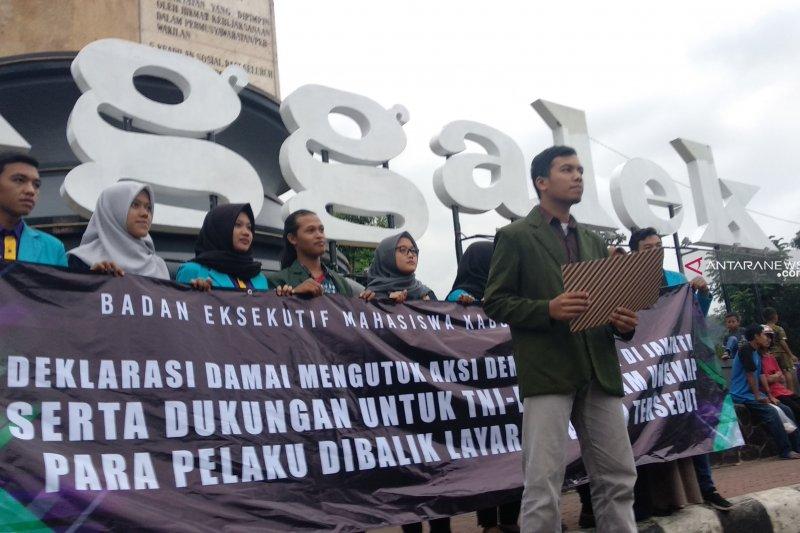 BEM Trenggalek aksi damai kutuk kericuhan 21-22 Mei di Jakarta