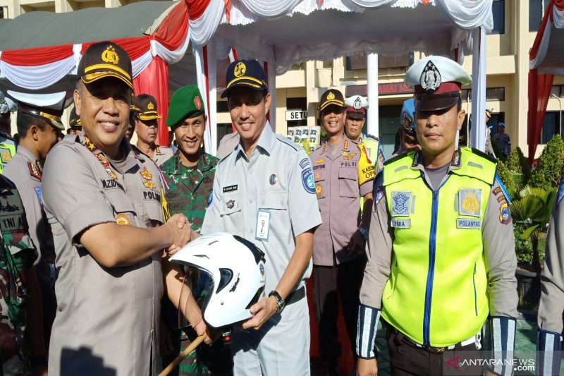 Jasa Raharja serahkan sarana keselamatan dukung Operasi Ketupan Intan