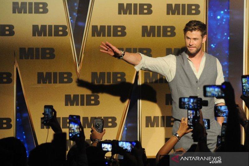 Gantengnya Bintang Thor & Spiderman sapa penggemarnya di Indonesia