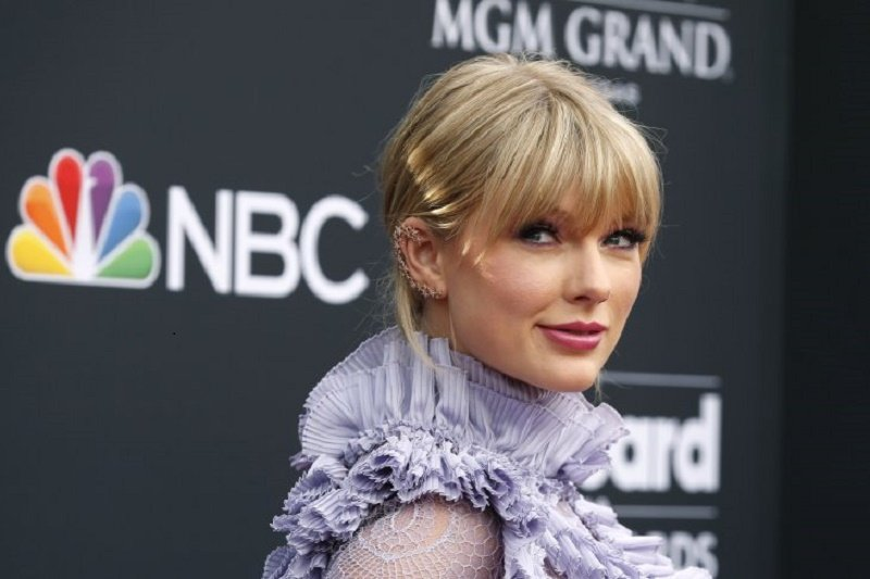 Dalam wawancara, Taylor Swift tidak mau ditanya soal menikah