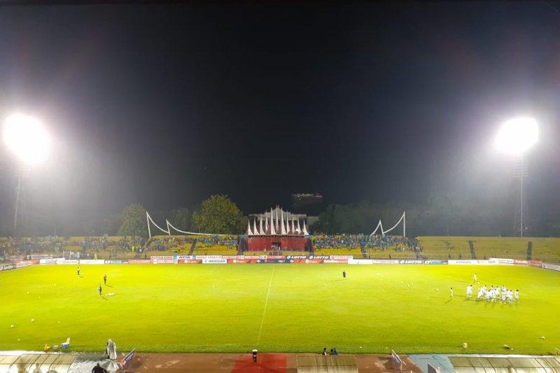 Persib Bandung tahan imbang tuan rumah Semen Padang 0-0