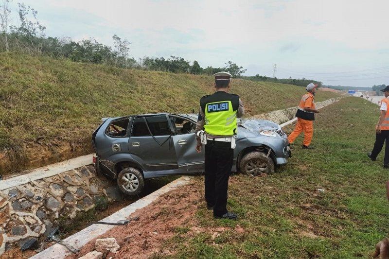 Kecelakaan di JTTS KM 198 TulangbawanG