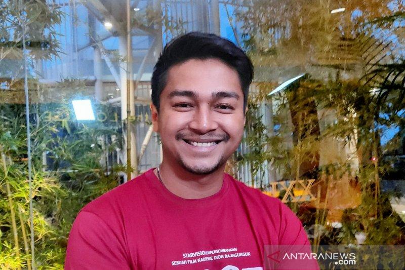 Jelang Lebaran, Deva Mahendra rindu hidangan Makassar