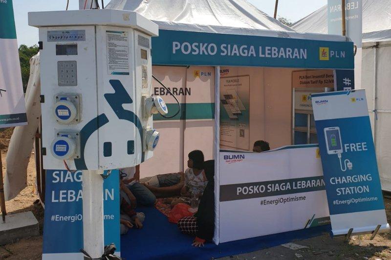 Posko Mudik PLN sediakan colokan charge ponsel gratis