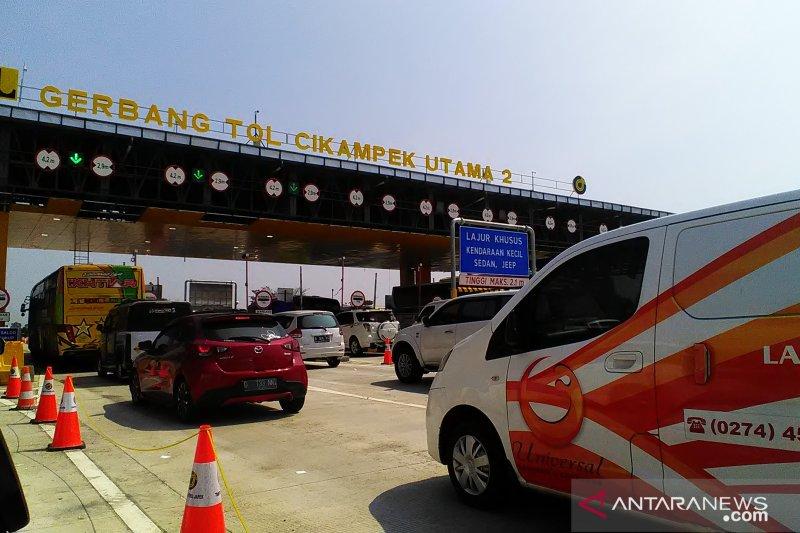 Jalan tol Jakarta-Cikampek hingga Cipali mulai diterapkan
