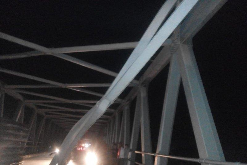 Dishub Kalbar batasi kendaraan angkutan barang di Jembatan Kapuas II