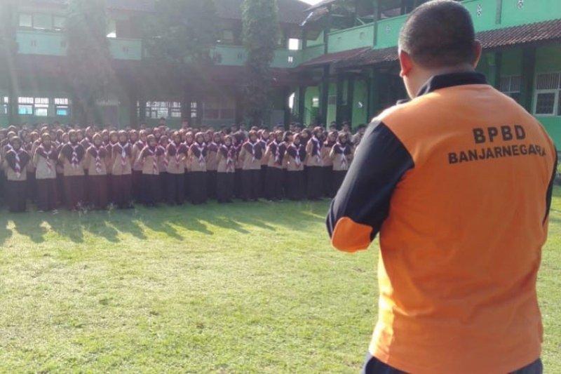 BPBD Banjarnegara pasang rambu peringatan di Dieng