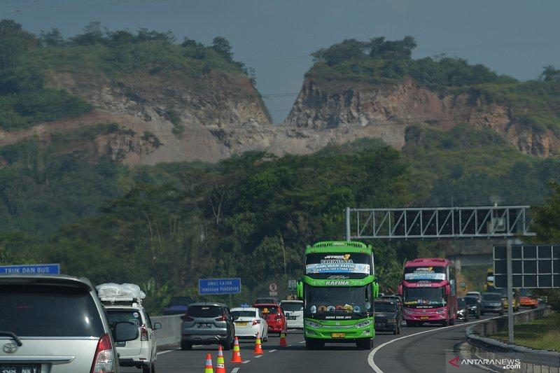 Contra flow tol Semarang Bawen