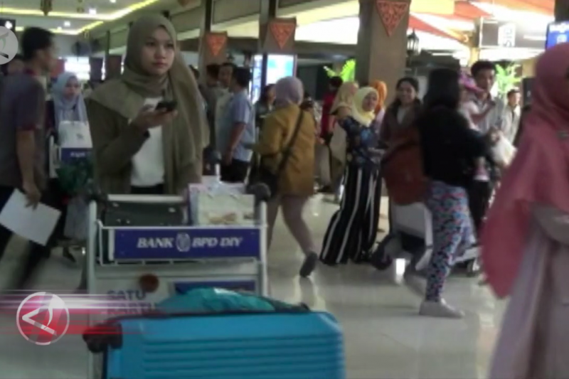Pemudik di Bandara Adisutjipto diperkirakan turun