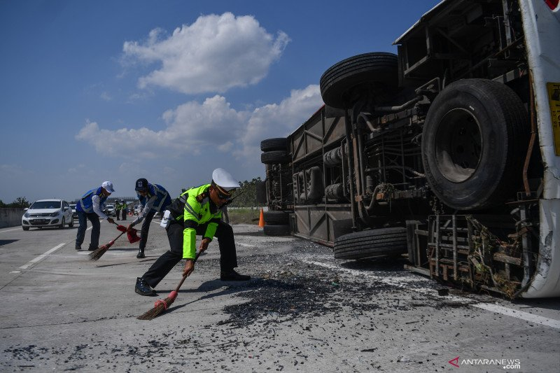 104 kecelakaan terjadi di Tol Ngawi-Kertosono