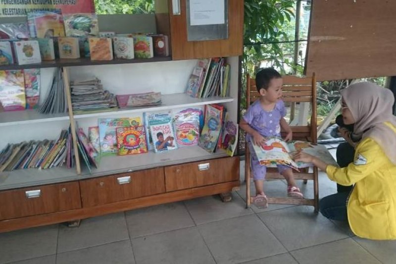 Vokasi UI sediakan perpustakaan mini dan taman bermain di Depok