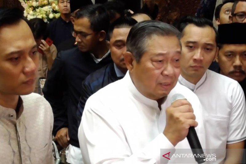 Usai sholat Ied, dikabarkan SBY ziarah ke TMP Kalibata