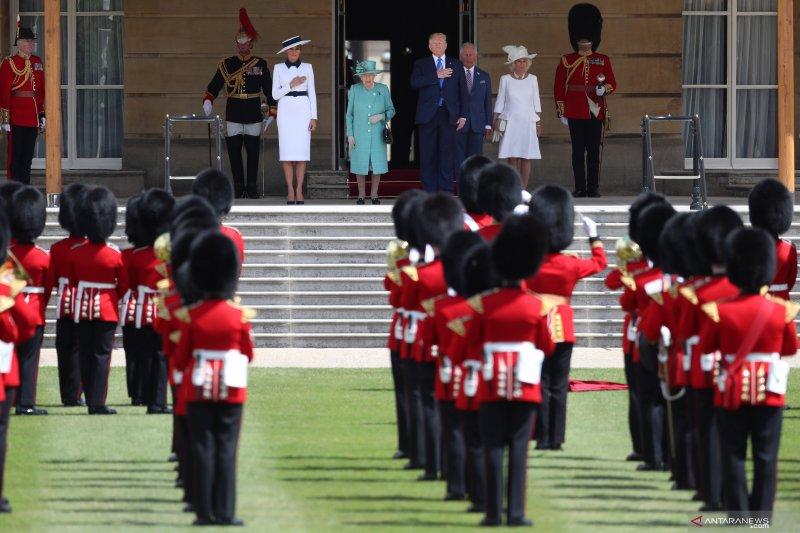 Presiden AS Donald Trump bertemu Ratu Elizabeth di Buckingham Palace