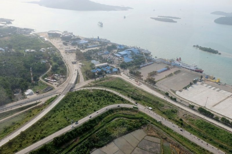 Kementerian PUPR: Tol Trans Sumatera dalam kondisi  ramai lancar