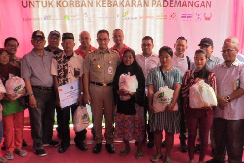 BUMD DKI sumbang 2000 paket sembako ke korban kebakaran Kp Bandan