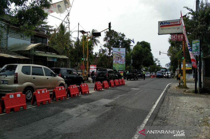 Kepadatan lalu lintas di Kulon Progo terpantau ramai lancar