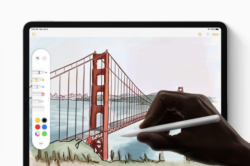 Apple mulai produksi iPad baru secara massal