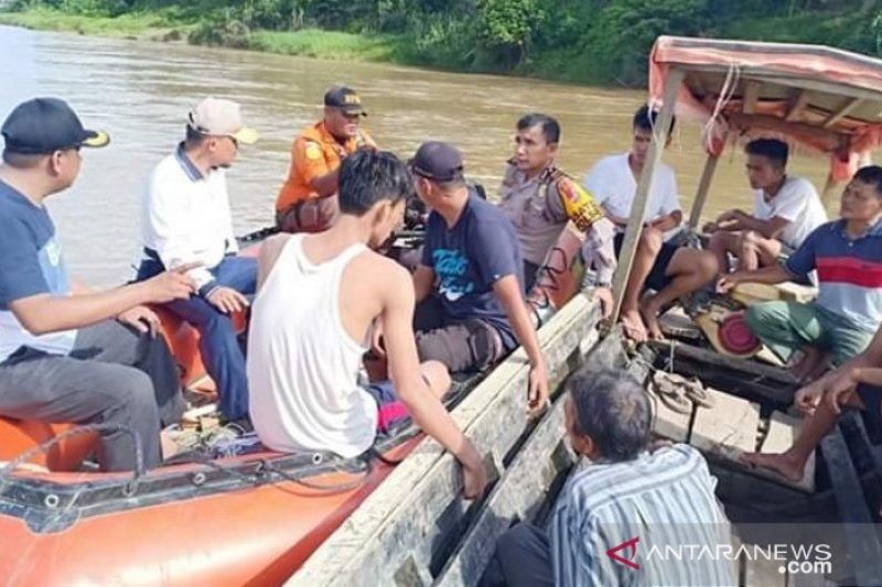 Bocah yang hanyut di Sungai Batang Hari Dharmasraya ditemukan tewas