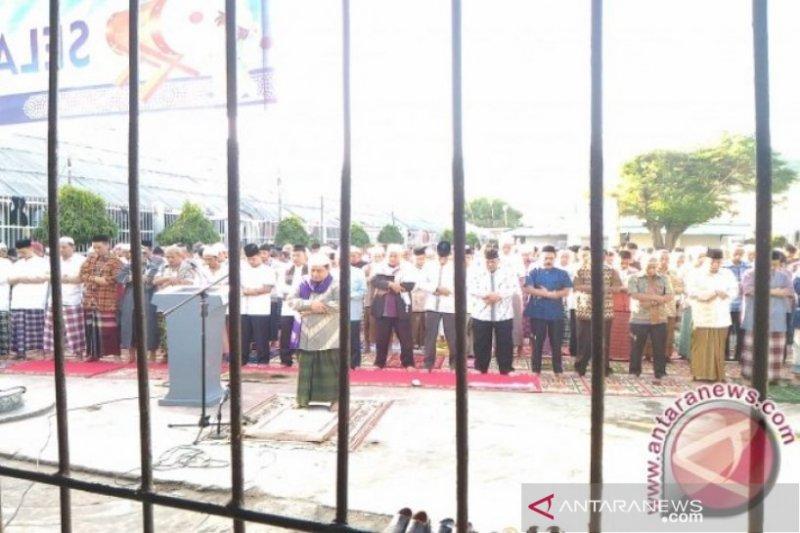 Dua warga binaan di Padang langsung bebas setelah dapat remisi