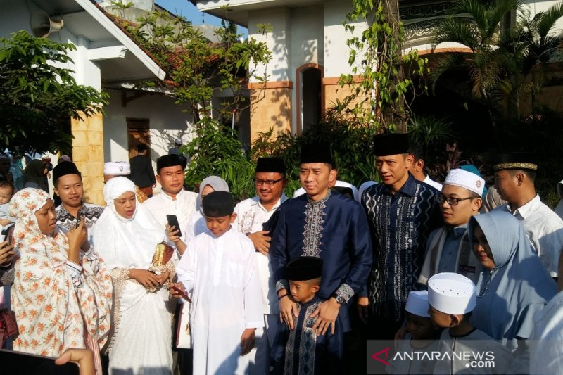 Tanpa Ani Yudhoyono, ada hal berbeda di keluarga SBY saat Lebaran