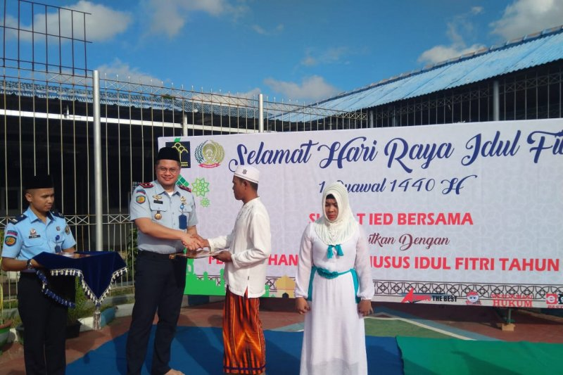 Remisi Idul Fitri diberikan kepada 100 warga binaan Rutan Muntok