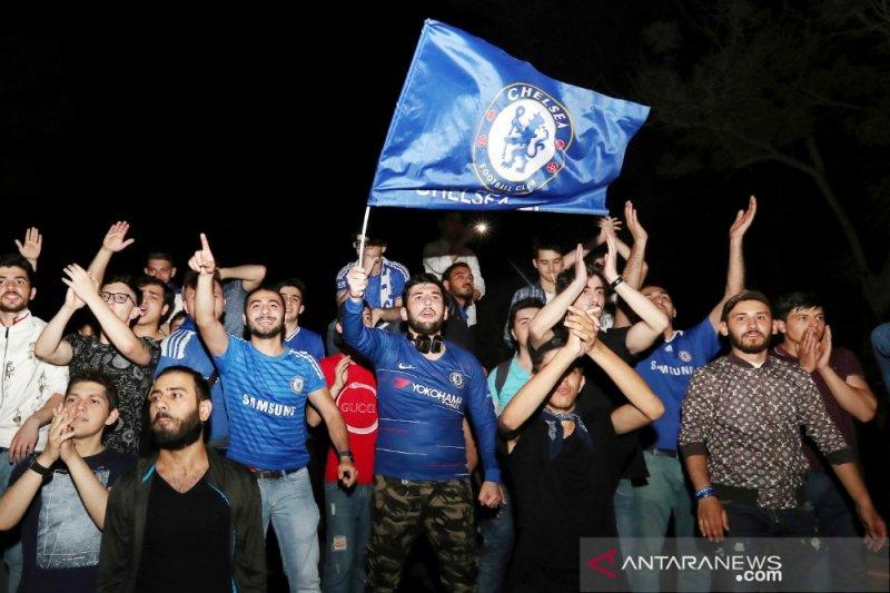 Chelsea jatuhkan sanksi suporter rasis dilarang masuk Stamford Bridge seumur hidup