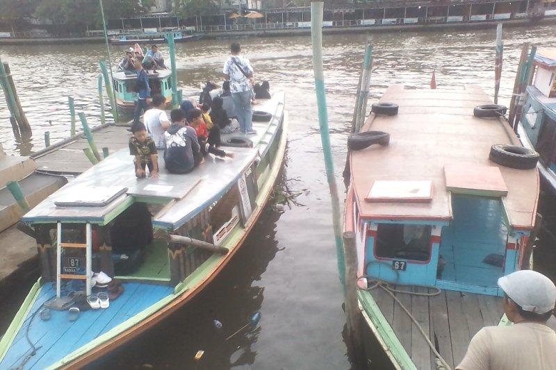 Wisata susur Sungai Martapura ramai kunjungan