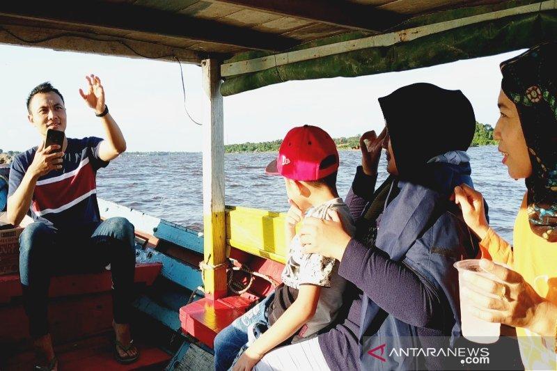 Wisata susur Sungai Mentaya makin ramai saat libur lebaran