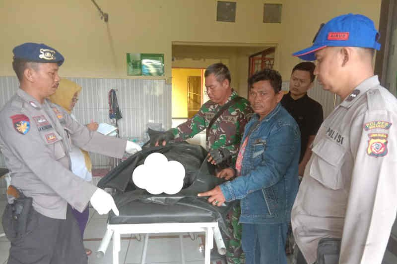 Suami-istri korban perahu terbalik di Indramayu ditemukan tewas