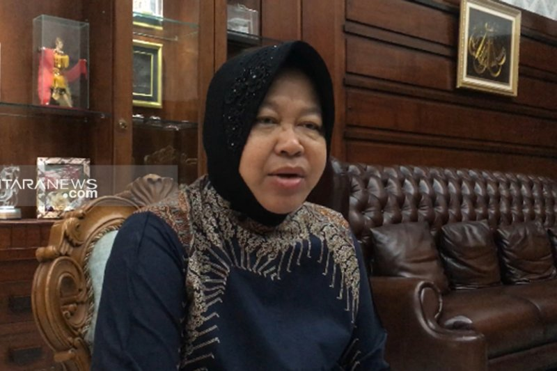 Sejumlah pekerja Surabaya dapat sertifikat jelang perdagangan bebas
