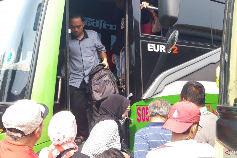 2.068 penumpang tiba di Terminal Kalideres H+1 Lebaran