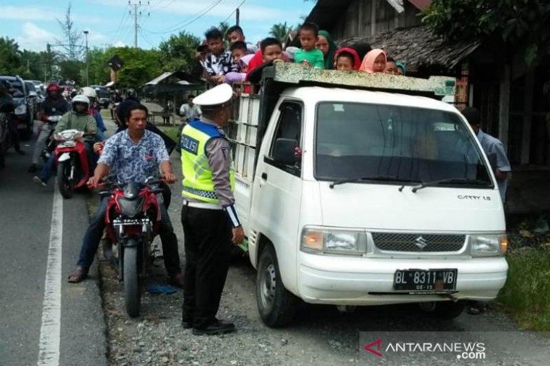 Polres Nagan Raya Aceh tertibkan mobil barang angkut penumpang