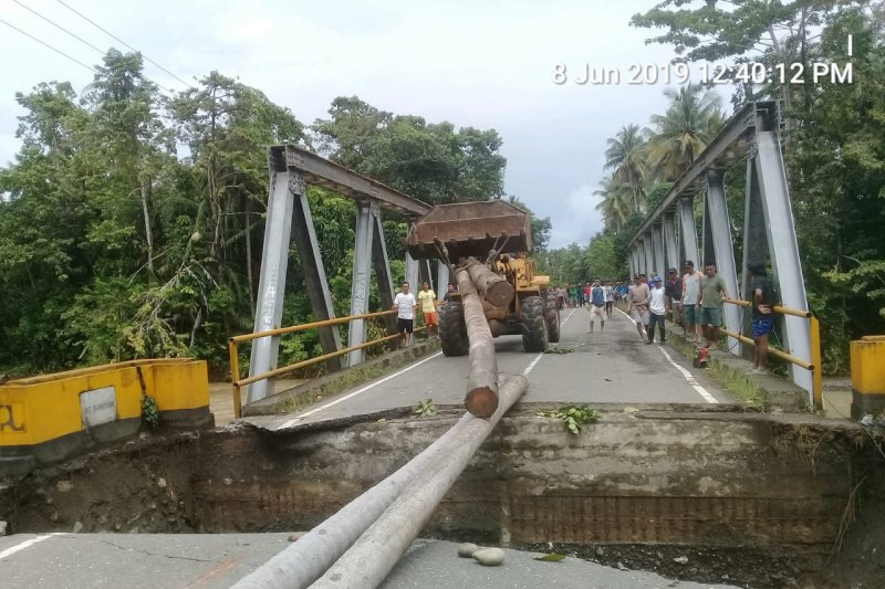 Arus lalu lintas trans Sulawesi Morowali-Palu normal kembali