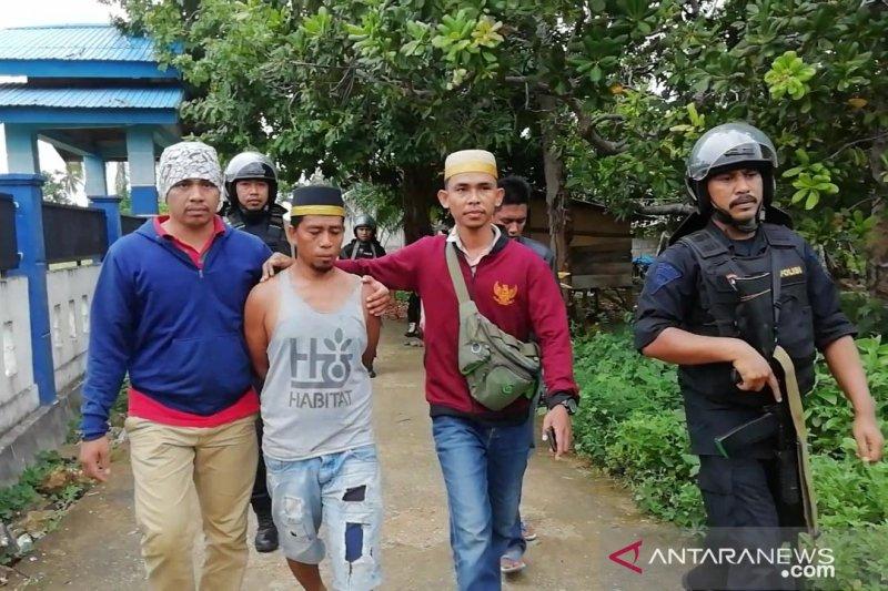 36 orang ditetapkan sebagai tersangka bentrok di Buton
