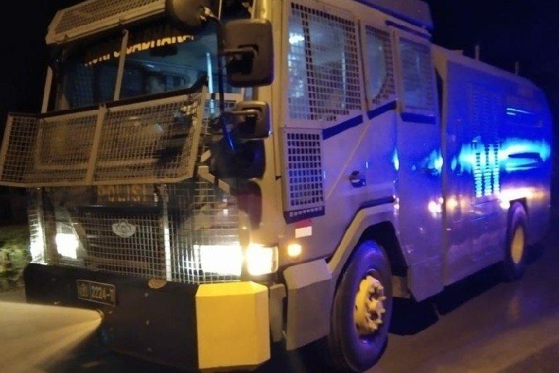 Takut Ganggu Kesehatan, Pemerintah Turunkan Mobil Pembersih Sapu Debu Erupsi Gunung Sinabung