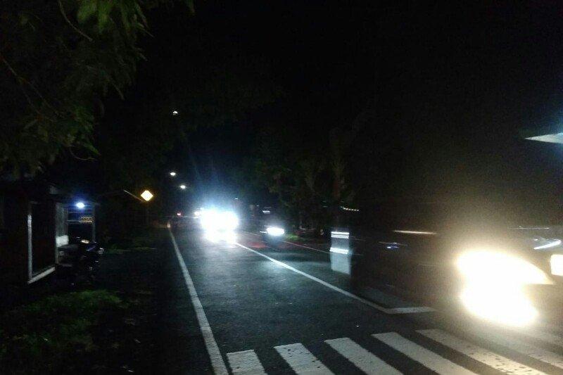 Arus balik jalur Trans Sulawesi di Majene padat