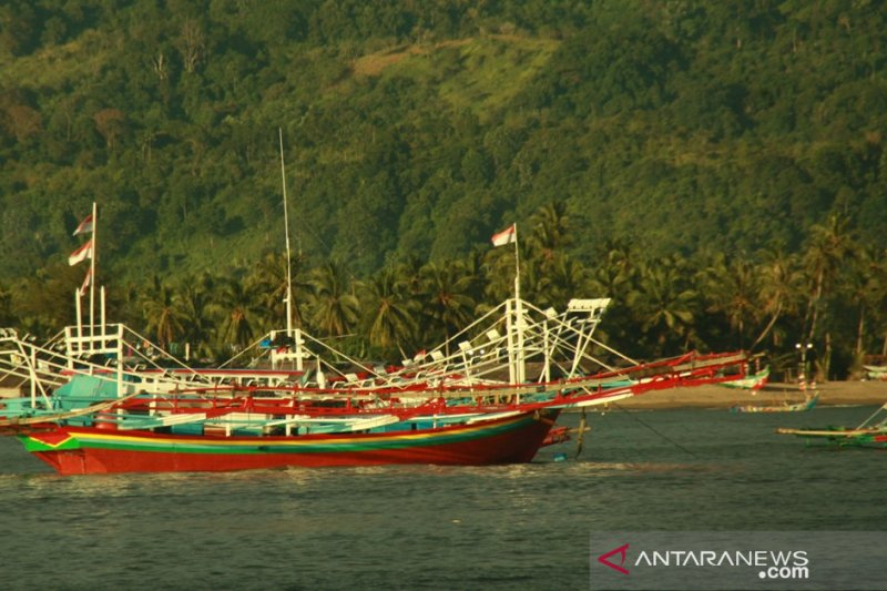 Nelayan kedapatan gunakan mini trawl akan diproses hukum
