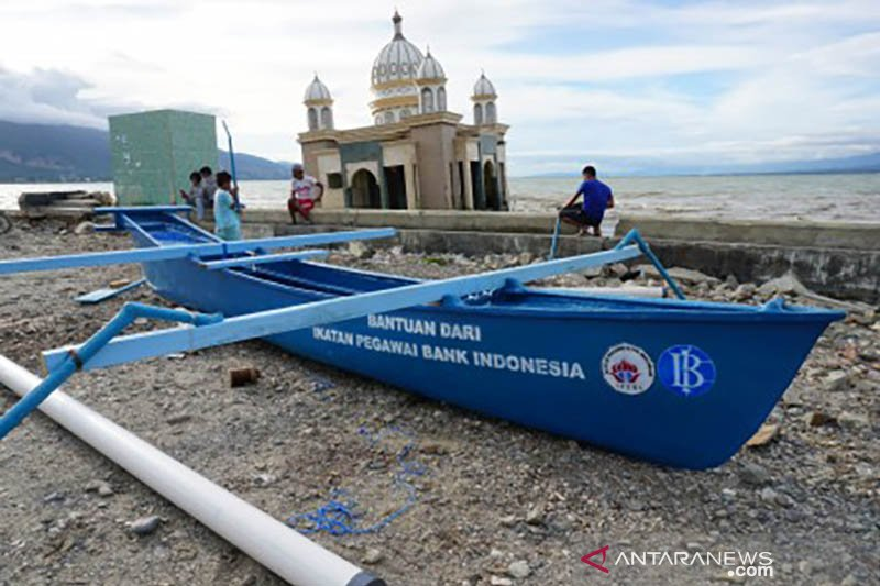 Perahu bantuan Bank Indonesia