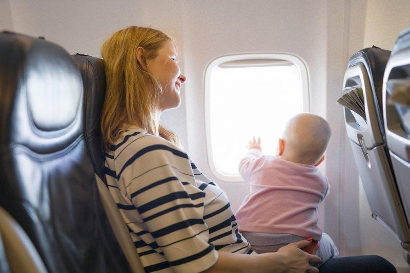 KPAI: Ortu jangan panik saat anak menangis di  pesawat