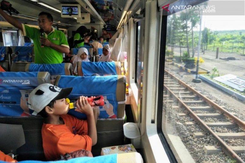 Penumpang kereta Daop Surabaya melonjak 11 persen selama Lebaran