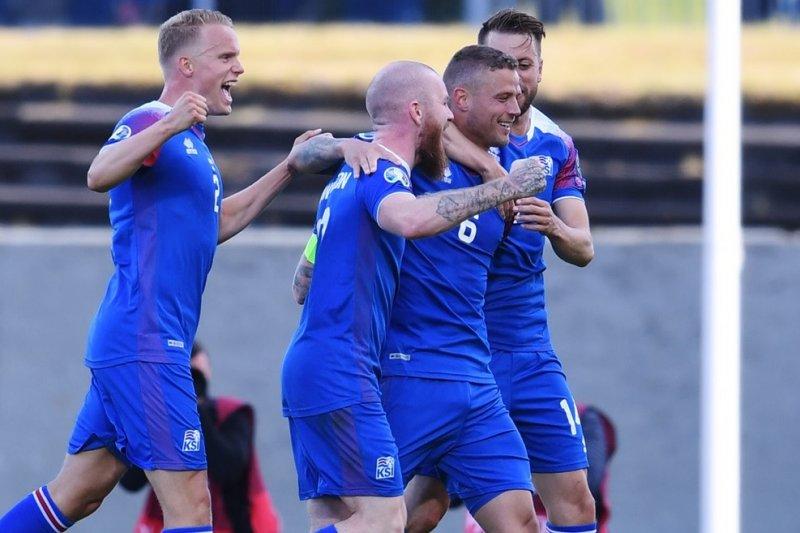 Turki dikalahkan islandia, Prancis ambil alih puncak Grup H