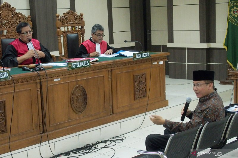 Wakil Ketua Umum PAN Taufik Kurniawan titip Rp4,2 miliar ke KPK