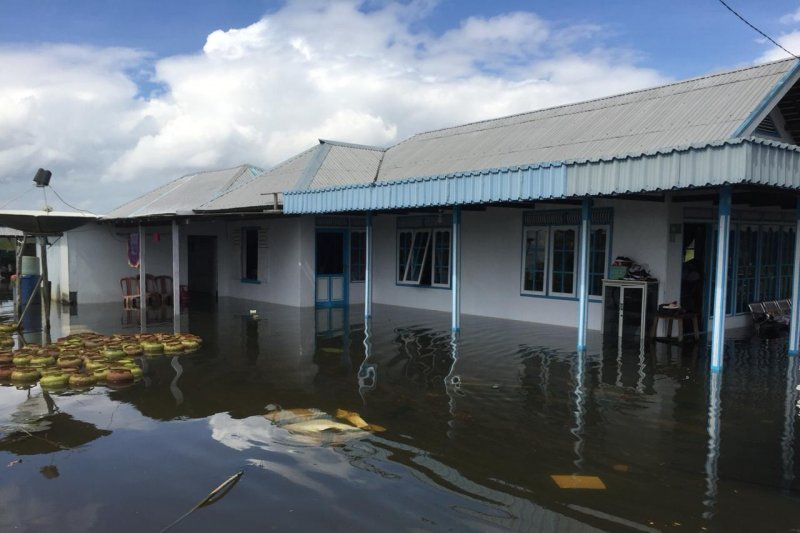 BPBD: Puluhan korban banjir Tanbu bertahan di pengungsian