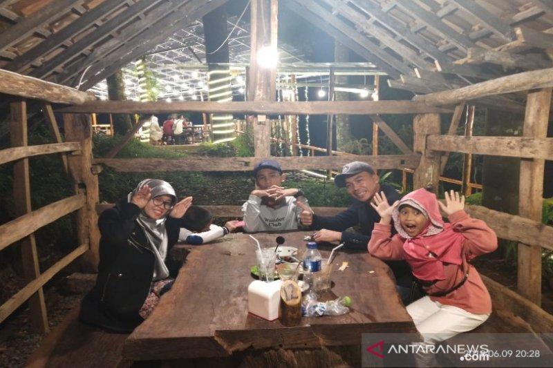 Pemkab Batang menargetkan kunjungan sejuta wisatawan pada tahun 2019